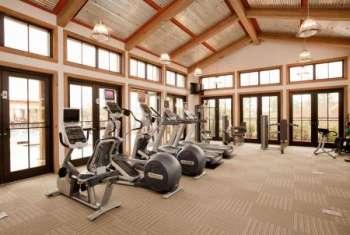 Правила поведения в спортзале: несколько рекомендаций новичкам